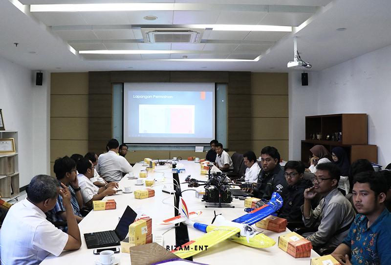 Siap Berlaga di KRTI 2019, Tim Dirgantara PENS Mantapkan Persiapan