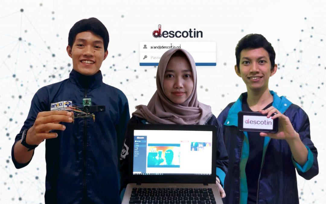 Jawab Tantangan Kurat Akuratnya Thermo Gun, Tiga Mahasiswa PENS Ciptakan Descotin yang Mampu Ukur Suhu Tubuh dengan Melintas di Depan Kamera